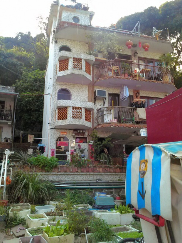 Mui Wo Village has some interesting condo association rules. Image (c) Benjamin J Spencer